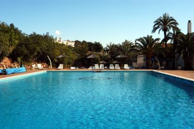 Bellaluz-Pool-1