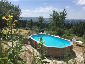 Image No.4-Maison de 17 chambres à vendre à Châtel-Montagne