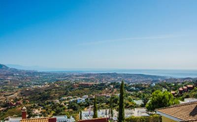 villa-semi-detached-la-mairena-costa-del-sol-malaga-r3732397-64444-1148x714-resize-center-255-255-255