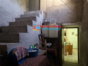 Image No.44-3 Bed Country House for sale