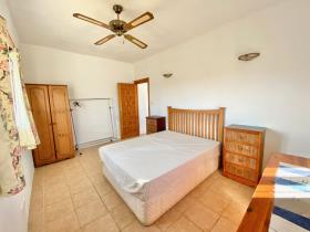 Image No.29-2 Bed Country House for sale