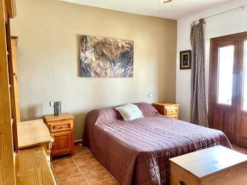 Bedroom-2-myabe-2