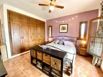 Main-bedroom-USE