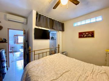 Stable-bedroom2
