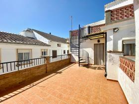 Image No.43-4 Bed Village House for sale