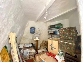 Image No.28-4 Bed Village House for sale