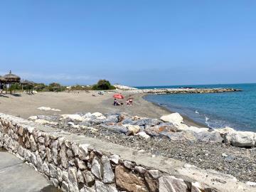 Beach-use