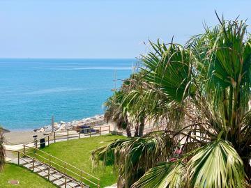 View-of-sea-YYYYY