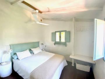 House-2-bedroom-1