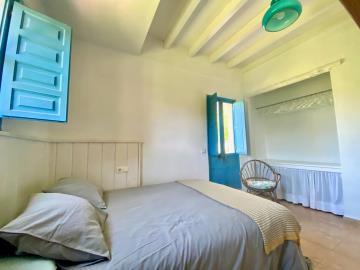 Second-bedroom-b
