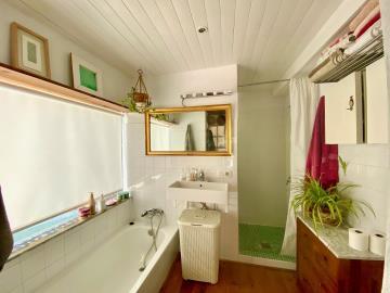 Bathroom-USE