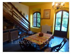 Image No.5-Maison de 4 chambres à vendre à Menaggio