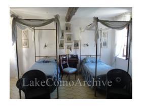 Image No.9-Maison de 4 chambres à vendre à Menaggio
