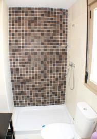 21-Bathroom-upstairs
