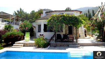 beautiful-private-villa-with-panoramic6