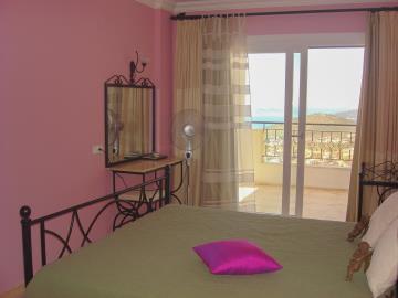 Kalkan-apartment-for-sale-in-Kiziltas-area-overlooking-Kalkan-bay-and-harbourDSC07146