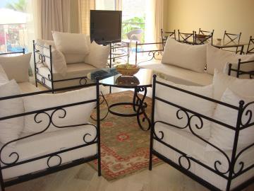 Kalkan-apartment-for-sale-in-Kiziltas-area-overlooking-Kalkan-bay-and-harbourDSC07216