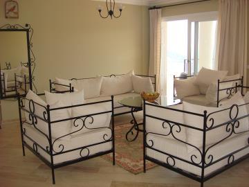 Kalkan-apartment-for-sale-in-Kiziltas-area-overlooking-Kalkan-bay-and-harbourDSC07220