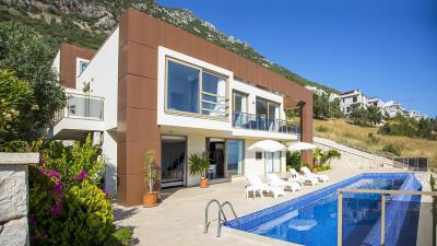Luxury-Villa-for-Sale-in-Kalkan-LV660-3