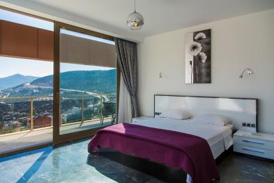 Luxury-Villa-for-Sale-in-Kalkan-LV660-9