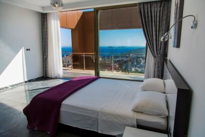 Luxury-Villa-for-Sale-in-Kalkan-LV660-56