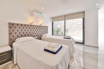 Brandnew-modern-villa-for-sale-in-Ortaalan-area-in-Kalkan-by-Mavi-Real-Estate--Brandnew-modern-villa-for-sale-in-Ortaalan-area-in-Kalkan-by-avi-Real-Estate--0de9b33d-9341-429d-b797-24b3d0086d8a