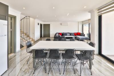 Brandnew-modern-villa-for-sale-in-Ortaalan-area-in-Kalkan-by-Mavi-Real-Estate--Brandnew-modern-villa-for-sale-in-Ortaalan-area-in-Kalkan-by-avi-Real-Estate--6ef5c71f-ff1a-443d-92cd-5d79810830b1
