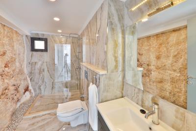 Brandnew-modern-villa-for-sale-in-Ortaalan-area-in-Kalkan-by-Mavi-Real-Estate--Brandnew-modern-villa-for-sale-in-Ortaalan-area-in-Kalkan-by-avi-Real-Estate--87016f61-5ce2-4b2c-b50f-0585a99f42ab