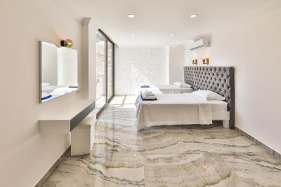 Brandnew-modern-villa-for-sale-in-Ortaalan-area-in-Kalkan-by-Mavi-Real-Estate--Brandnew-modern-villa-for-sale-in-Ortaalan-area-in-Kalkan-by-avi-Real-Estate--bafd5979-20d3-4451-b543-462e33171e8a