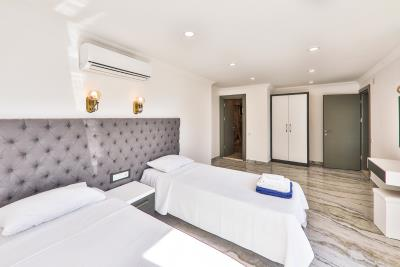 Brandnew-modern-villa-for-sale-in-Ortaalan-area-in-Kalkan-by-Mavi-Real-Estate--Brandnew-modern-villa-for-sale-in-Ortaalan-area-in-Kalkan-by-avi-Real-Estate--c6350812-88e5-4650-92e2-8bd41ba8eaef