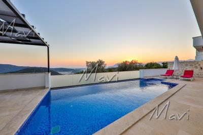 Mavi-Real-Estate---Kalkan--Modern-Luxury-Villas-and-Apartments-and-Villas--for-Sale-in-Kalkan_23