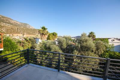 Four-Bedroom-Centrally-Located-detached-villa-for-sale-in-Kalkan-town-centre--IMG_8515