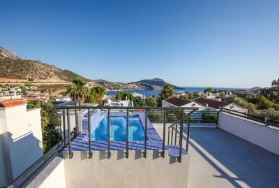 Four-Bedroom-Centrally-Located-detached-villa-for-sale-in-Kalkan-town-centre--IMG_8551