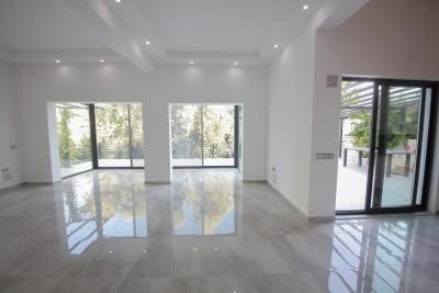 Four-Bedroom-Centrally-Located-detached-villa-for-sale-in-Kalkan-town-centre--IMG_8568