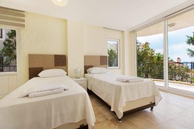 Mavi-Real-Estate---Kalkan--Modern-Luxury-Villas-and-Apartments-and-Villas--for-Sale-in-Kalkan_11