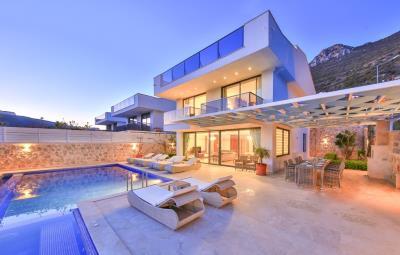 five-bedroom-villa-for-sale-in-Kalkan-by-Mavi-Real-Estate--2d2ce77e-5699-4ffb-afe8-f18b36f898cb