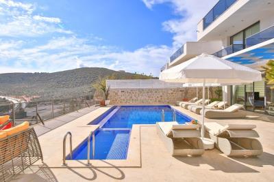 five-bedroom-villa-for-sale-in-Kalkan-by-Mavi-Real-Estate--6b79e5f3-e2a3-4196-a32f-60b7d86d49db