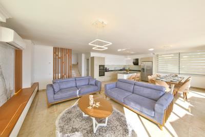 five-bedroom-villa-for-sale-in-Kalkan-by-Mavi-Real-Estate--067f0a46-5e96-4599-bf8b-443162e90fe1