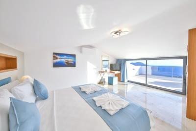 five-bedroom-villa-for-sale-in-Kalkan-by-Mavi-Real-Estate--5479e99d-43cf-4cd8-80be-e57257966ef0