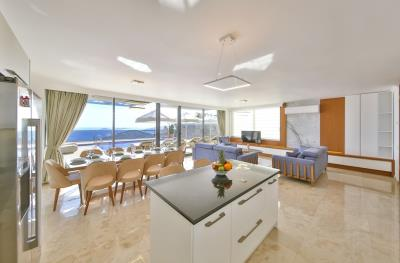 five-bedroom-villa-for-sale-in-Kalkan-by-Mavi-Real-Estate--08016a1b-5bc3-469f-be54-d700f5c3788f