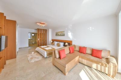 five-bedroom-villa-for-sale-in-Kalkan-by-Mavi-Real-Estate--7378693f-5703-4eed-9d70-ac08e5677dc3