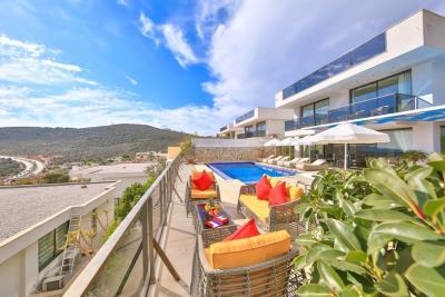 five-bedroom-villa-for-sale-in-Kalkan-by-Mavi-Real-Estate--a1cf0eb4-5f54-4c58-a148-d1e9523c962a