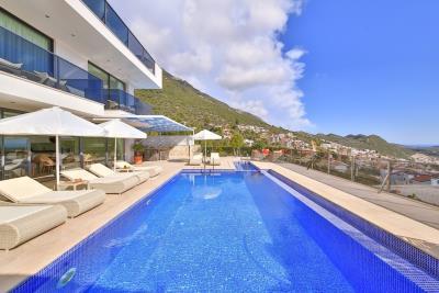 five-bedroom-villa-for-sale-in-Kalkan-by-Mavi-Real-Estate--a3de85fa-88dc-4193-9ec0-0fc12ad06103