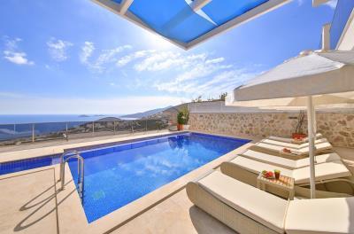 five-bedroom-villa-for-sale-in-Kalkan-by-Mavi-Real-Estate--c10b8b9c-b5d4-4fe7-b8c2-cfdc478593e8