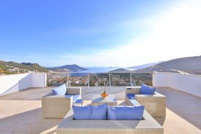 five-bedroom-villa-for-sale-in-Kalkan-by-Mavi-Real-Estate--ec682817-1d3a-445a-baf5-24e0b2936ce8