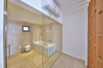 five-bedroom-villa-for-sale-in-Kalkan-by-Mavi-Real-Estate--fe8a0301-c11d-462c-8ad4-8e11c37212ee