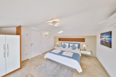 five-bedroom-villa-for-sale-in-Kalkan-by-Mavi-Real-Estate--fb1c4cc8-5572-4422-98aa-8c02d4448c54