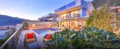 five-bedroom-villa-for-sale-in-Kalkan-by-Mavi-Real-Estate--Mavi-Real-Estate---Kalkan--Modern-Luxury-Villas-for-Sale-in-Kalkan