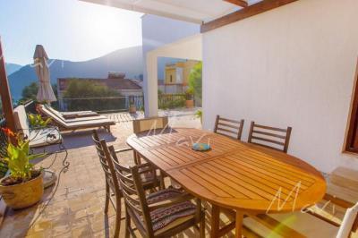 Mavi-Real-Estate---Kalkan--Modern-Luxury-Villas-and-Apartments-and-Villas--for-Sale-in-Kalkan_12