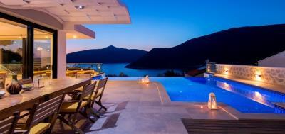 Located-in-kalamar-modern-luxury-villa-Kalkan-2